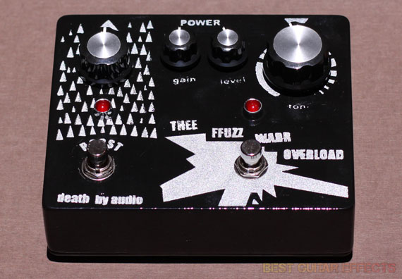 Death-By-Audio-Thee-Ffuzz-Warr-Overload-Review-Best-Fuzz-Pedal-03
