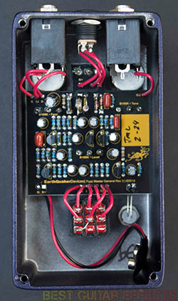 EarthQuaker-Devices-Fuzz-Master-General-Review-Best-SuperFuzz-Pedal-02