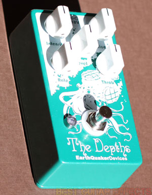 EarthQuaker-Devices-The-Depths-Best-Uni-Vibe-Modulation-Pedal-02