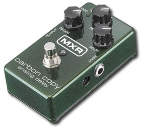 MXR-Carbon-Copy-Review-Best-Analog-Delay-Pedal-06