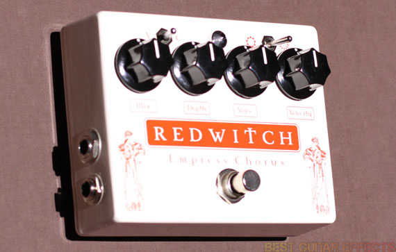 Red-Witch-Empress-Chorus-Review-Best-Guitar-Modulation-Pedal-01
