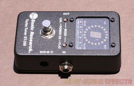 Sonic-Research-Turbo-Tuner-ST-200-Review-Best-Guitar-Tuner-03