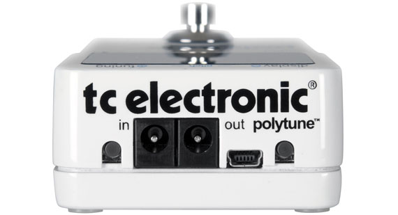 TC-Electronic-PolyTune-Review-Best-Guitar-Tuner-Pedal-03