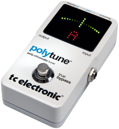 TC-Electronic-PolyTune-Review-Best-Guitar-Tuner-Pedal-06