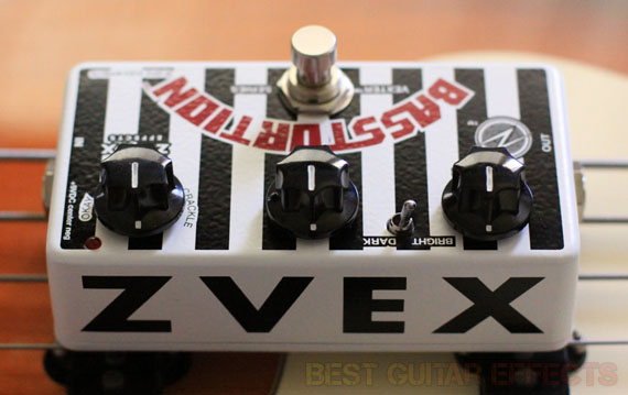 ZVex-Basstortion-Review-Best-Bass-Distortion-Pedal-02